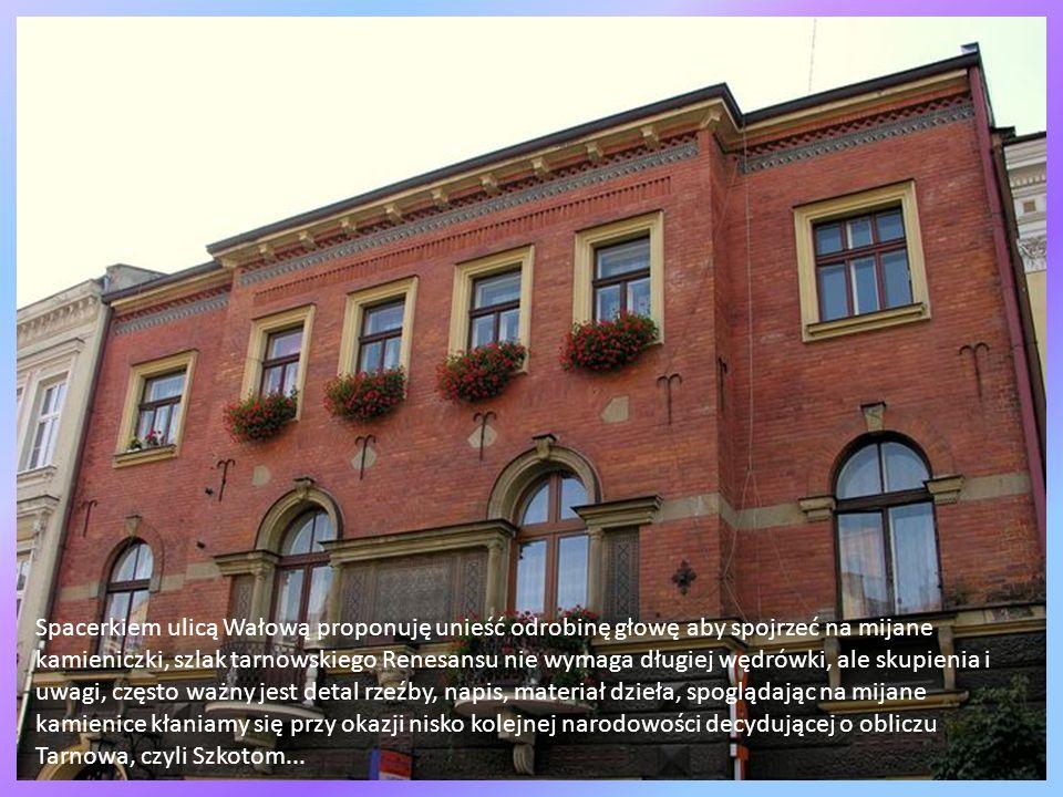 Tarnów to chyba najbardziej węgierskie z polskich miast, Ojczulek Bem jak mawiają o nim Węgrzy stoi ubrany w węgierski mundur z szablą w dłoni, ten wi
