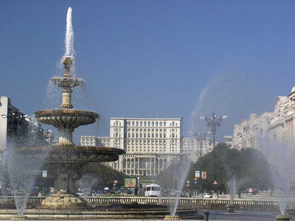 Pierwsze wzmianki o mie ś cie pochodz ą z roku 1459. Status stolicy kraju Bukareszt uzyska ł w 1862. Przez XIX i XX wiek przesz ł o wiele zmian i sta
