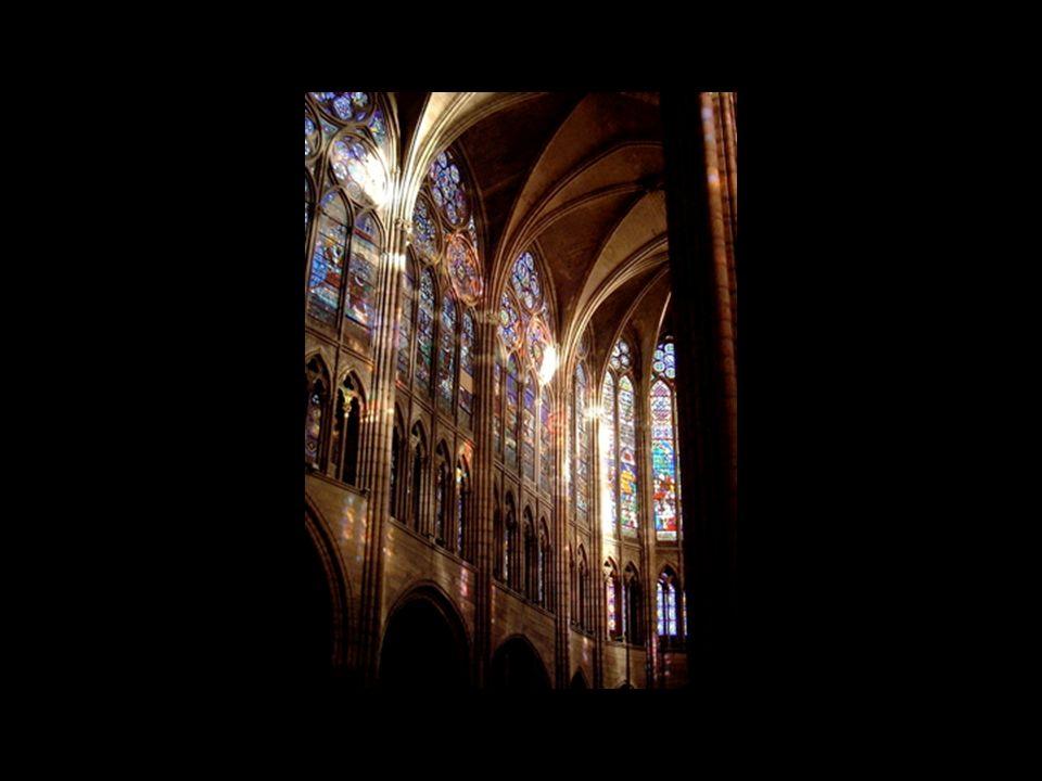 Francja Chór Saint Denis pod Paryżem 1144, opat Suger Katedra w Chartres Katedra w Amiens Katedra w Rouen Katedra w Reims Katedra Notre Dame w Paryżu Saint Chapelle w Paryżu