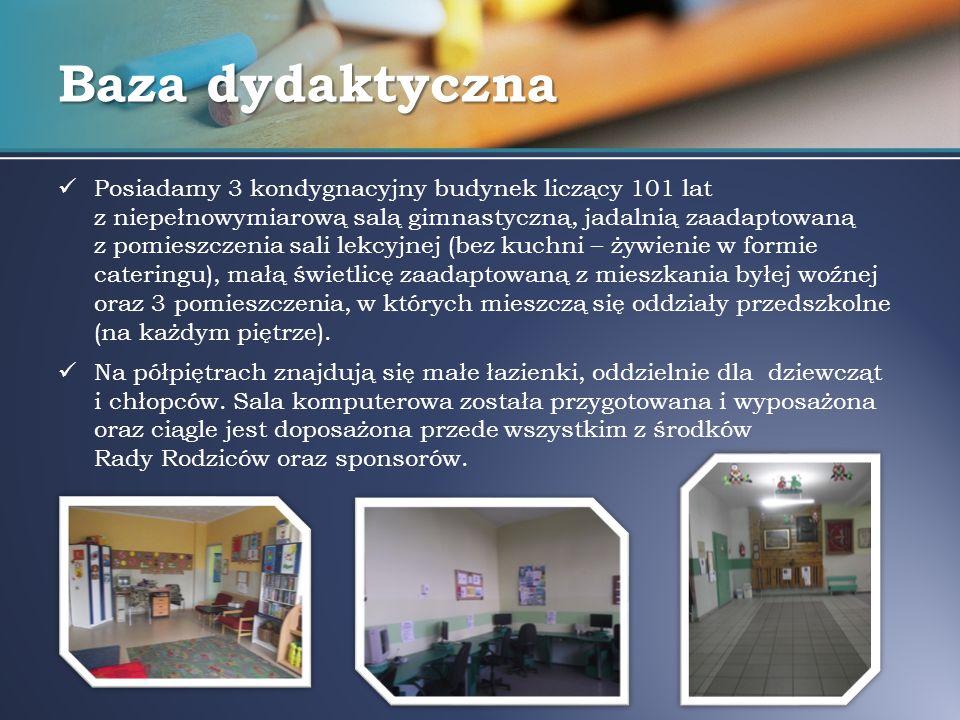 Baza dydaktyczna Pomieszczenie biblioteki jest jedną całością z bardzo małą czytelnią.