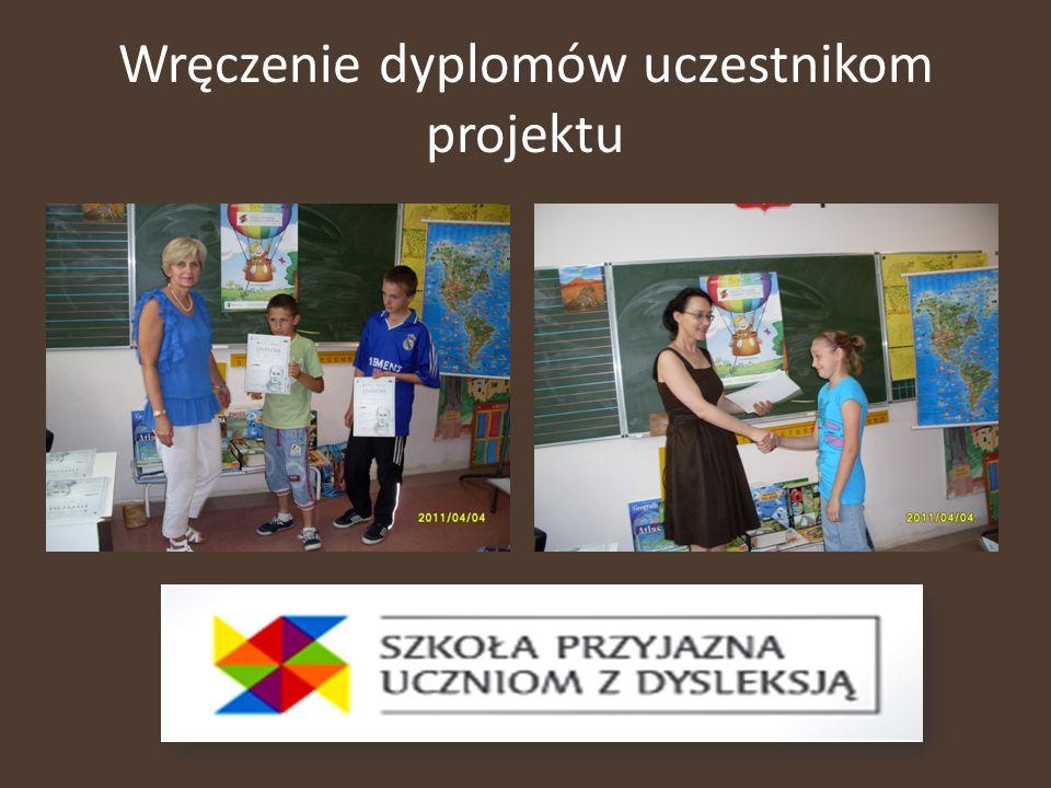Wręczenie dyplomów uczestnikom projektu