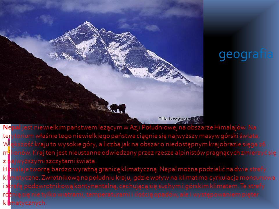 Nepal jest niewielkim państwem leżącym w Azji Południowej na obszarze Himalajów. Na terytorium właśnie tego niewielkiego państwa ciągnie się najwyższy