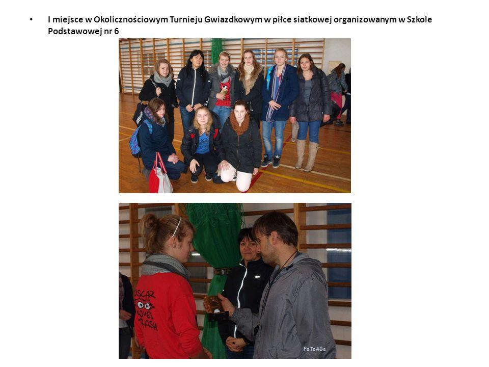 I miejsce w Okolicznościowym Turnieju Gwiazdkowym w piłce siatkowej organizowanym w Szkole Podstawowej nr 6