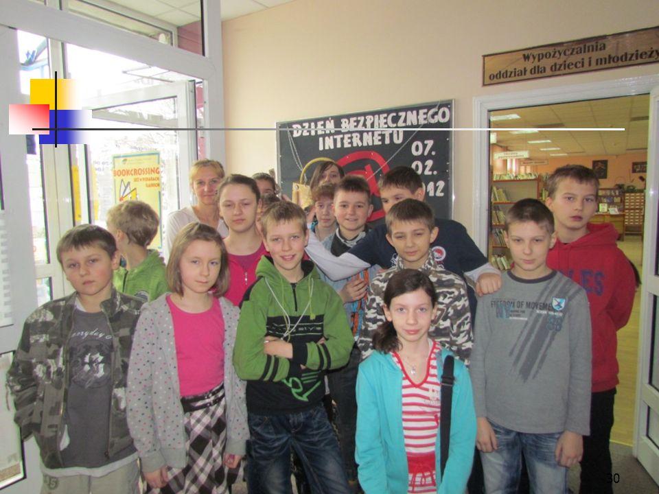 29 Miejska Biblioteka Publiczna w Piekarach Śląskich Klasy V pojechały do Miejskiej Biblioteki Publicznej w Piekarach Śląskich. Zwiedzali i poznawali