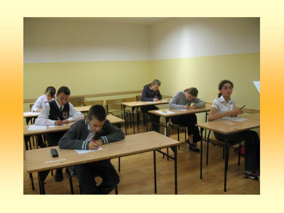 Każdego roku na konkurs zgłaszają się uczniowie siedmiu szkół podstawowych z terenu Gminy Chełm.