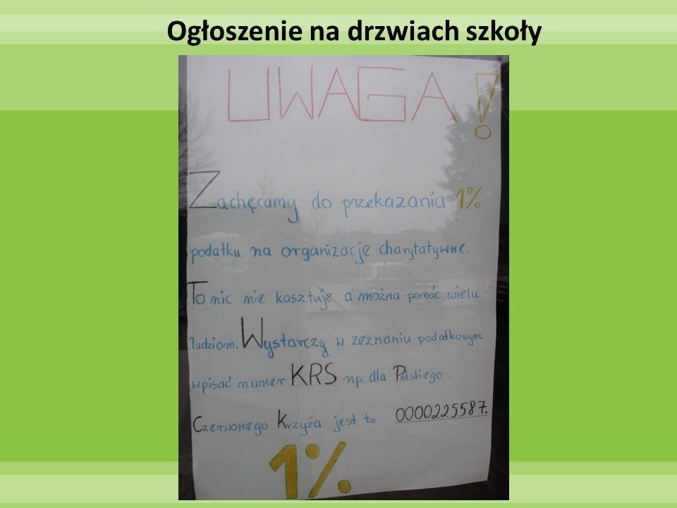 Ogłoszenie na drzwiach szkoły