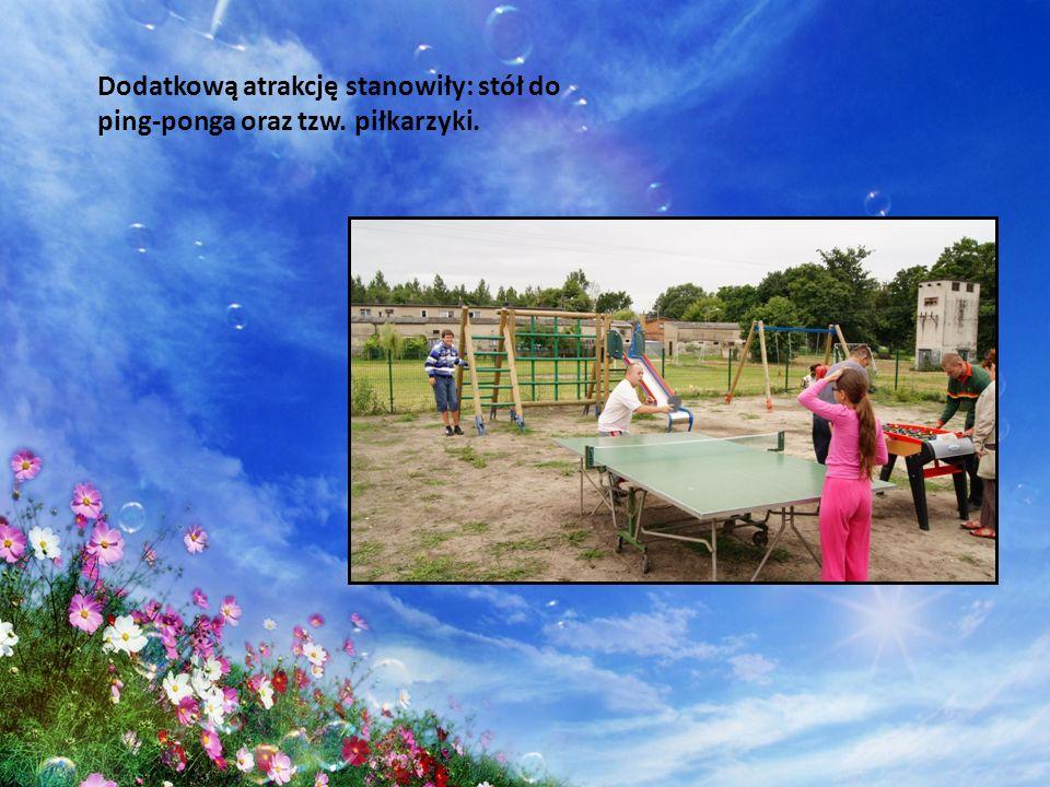 Dodatkową atrakcję stanowiły: stół do ping-ponga oraz tzw. piłkarzyki.