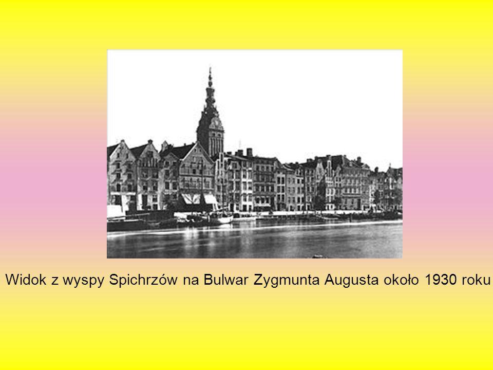 Widok z wyspy Spichrzów na Bulwar Zygmunta Augusta około 1930 roku