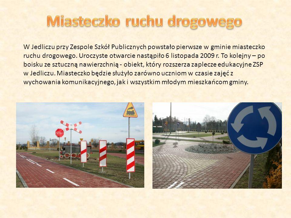 W Jedliczu przy Zespole Szkół Publicznych powstało pierwsze w gminie miasteczko ruchu drogowego.
