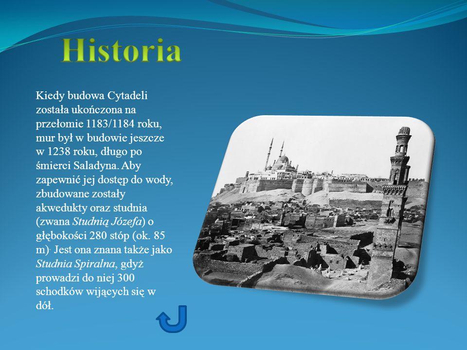 Kiedy budowa Cytadeli została ukończona na przełomie 1183/1184 roku, mur był w budowie jeszcze w 1238 roku, długo po śmierci Saladyna. Aby zapewnić je