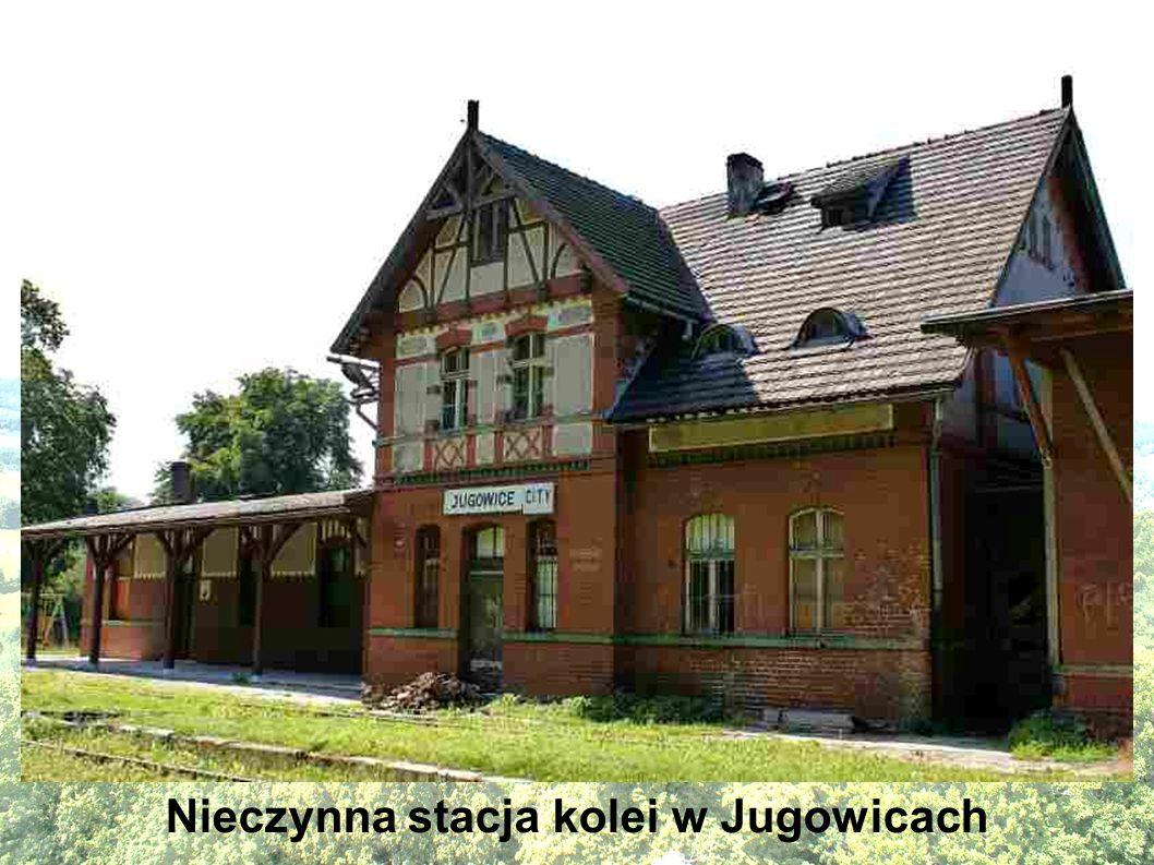 Nieczynna stacja kolei w Jugowicach