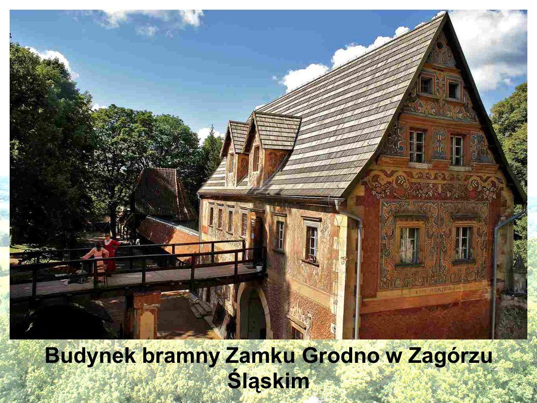 Budynek bramny Zamku Grodno w Zagórzu Śląskim