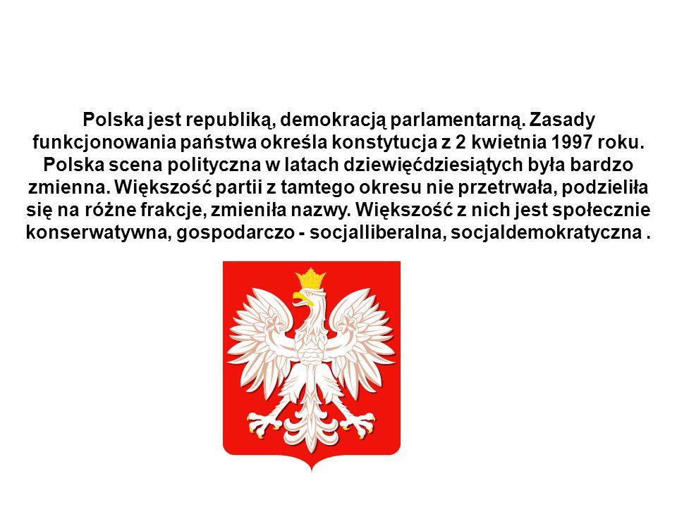 Polska jest republiką, demokracją parlamentarną. Zasady funkcjonowania państwa określa konstytucja z 2 kwietnia 1997 roku. Polska scena polityczna w l