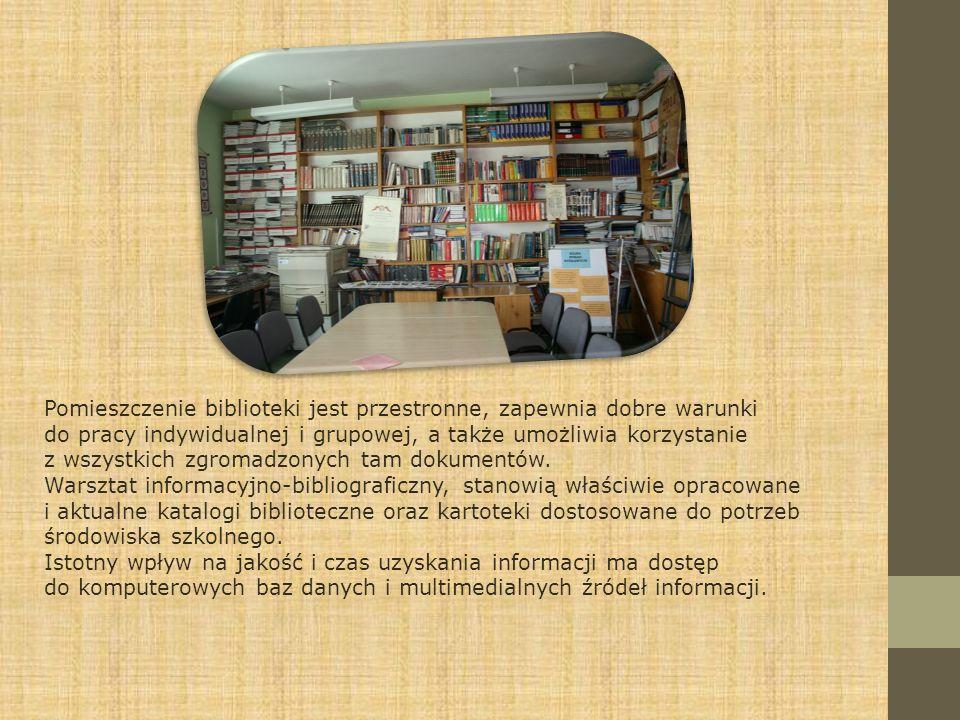 Pomieszczenie biblioteki jest przestronne, zapewnia dobre warunki do pracy indywidualnej i grupowej, a także umożliwia korzystanie z wszystkich zgroma