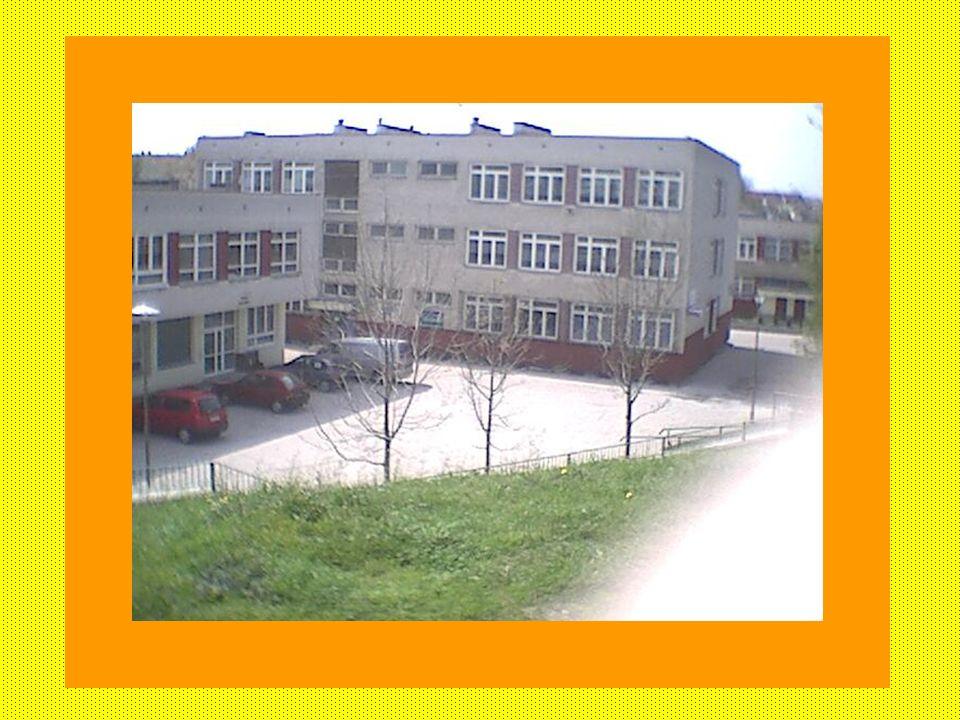 Kontakt i lokalizacja: Połączony ze szkołą nr 42 Połączony ze szkołą nr 42 adres: Gdańsk ul. Czajkowskiego 1 adres: Gdańsk ul. Czajkowskiego 1 tel. 05
