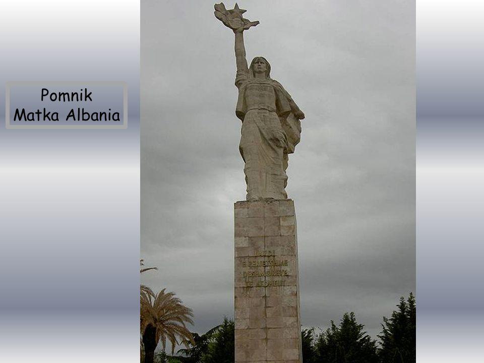 Port lotniczy Tirana im. Matki Teresy