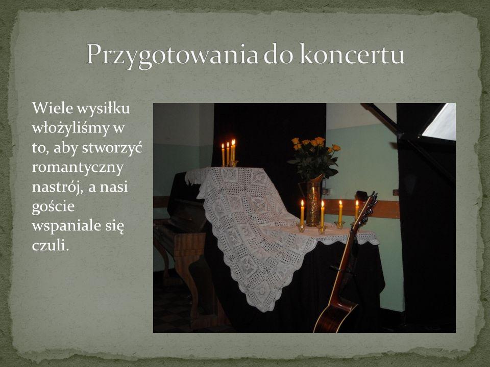 Artystów i gości serdecznie powitała Dyrektor naszego gimnazjum p.