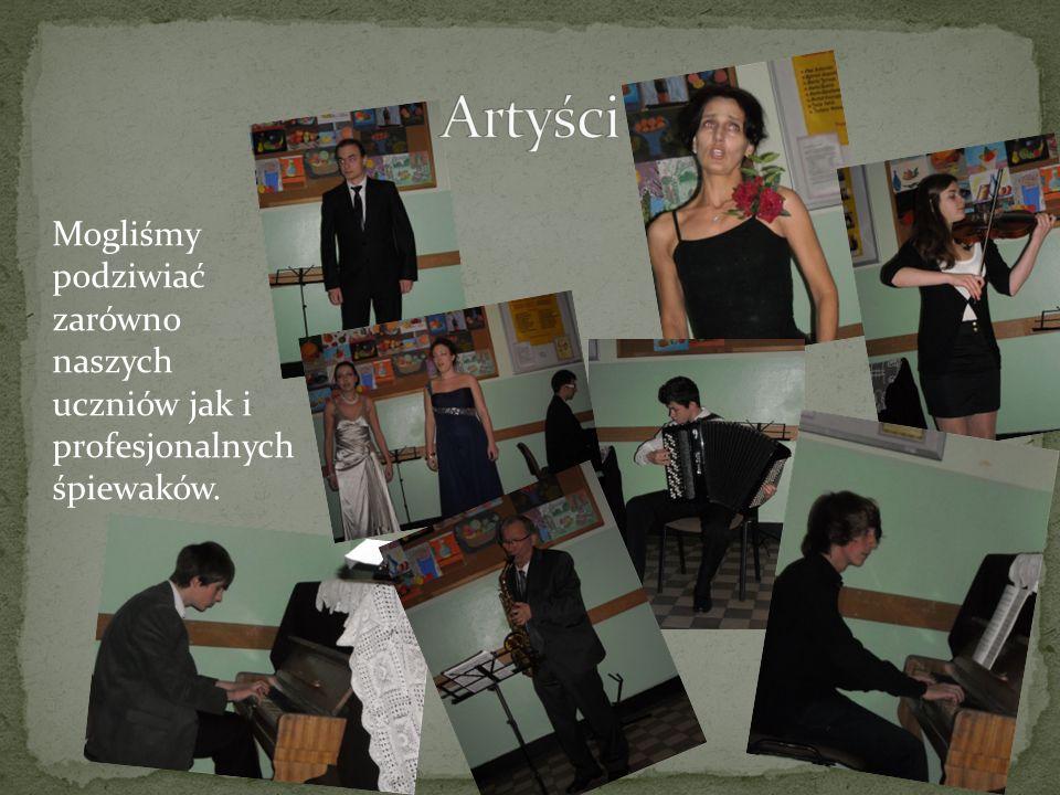 Mogliśmy podziwiać zarówno naszych uczniów jak i profesjonalnych śpiewaków.
