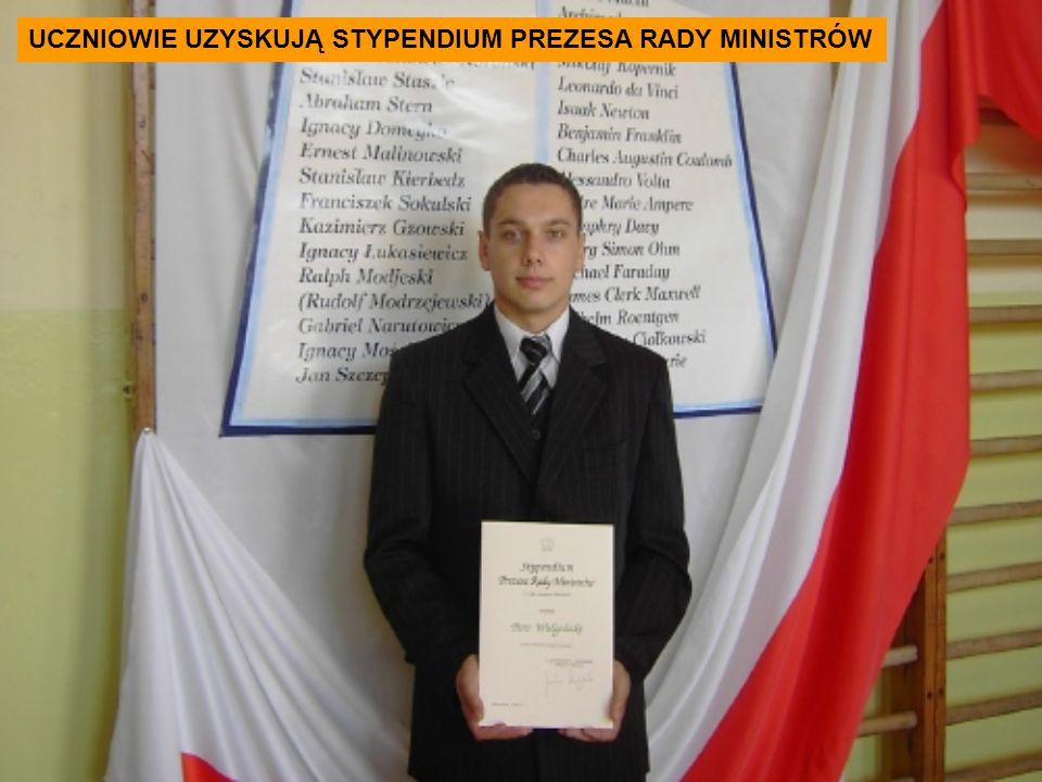 UCZNIOWIE UZYSKUJĄ STYPENDIUM PREZESA RADY MINISTRÓW