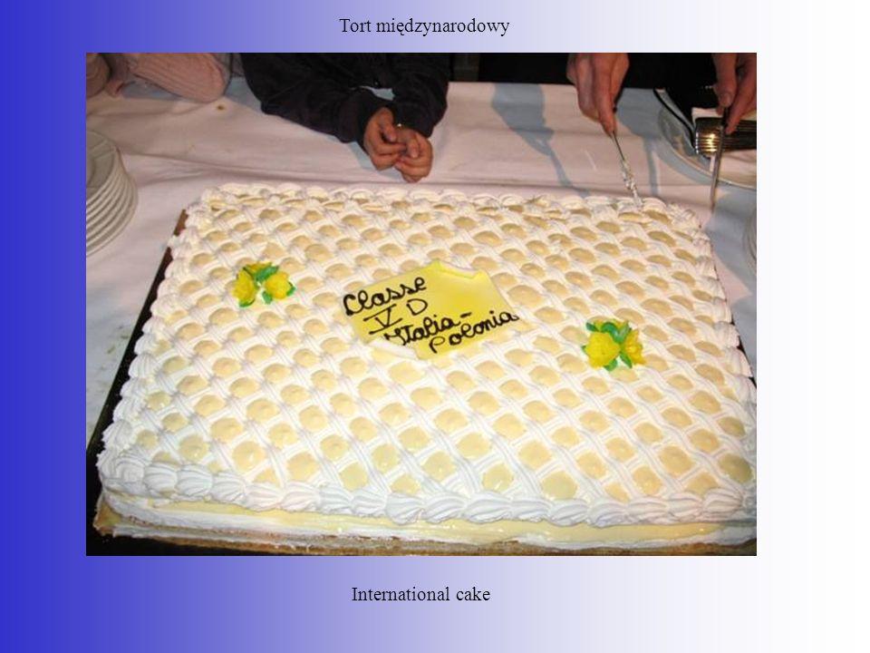 Tort międzynarodowy International cake
