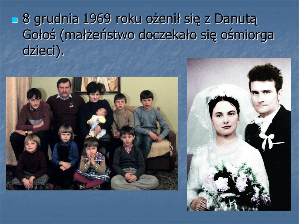 8 grudnia 1969 roku ożenił się z Danutą Gołoś (małżeństwo doczekało się ośmiorga dzieci). 8 grudnia 1969 roku ożenił się z Danutą Gołoś (małżeństwo do