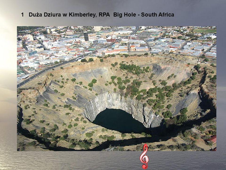 7 niesamowitych dziur Widok tych miejsc na zdjęciach zarówno fascynuje, jak i przeraża. Skala tych tworów przypomina, jaki malutki jest zwykły człowie