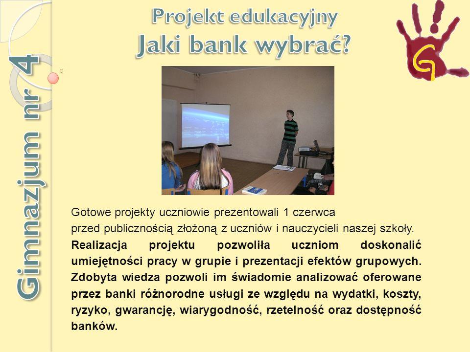 Gotowe projekty uczniowie prezentowali 1 czerwca przed publicznością złożoną z uczniów i nauczycieli naszej szkoły.