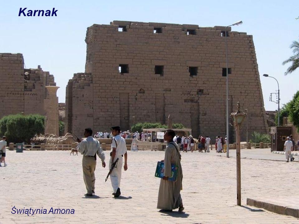 Teby Karnak Luksor Teby Zachodnie Deir el-Bahari Ramesseum Medinet Habu Kolosy Memnona Tropami Faraonów Cz. 2