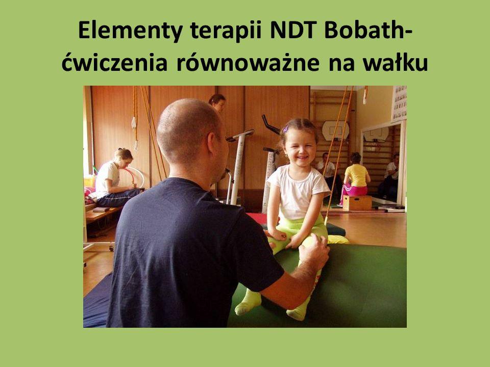 Elementy terapii NDT Bobath- ćwiczenia równoważne na wałku