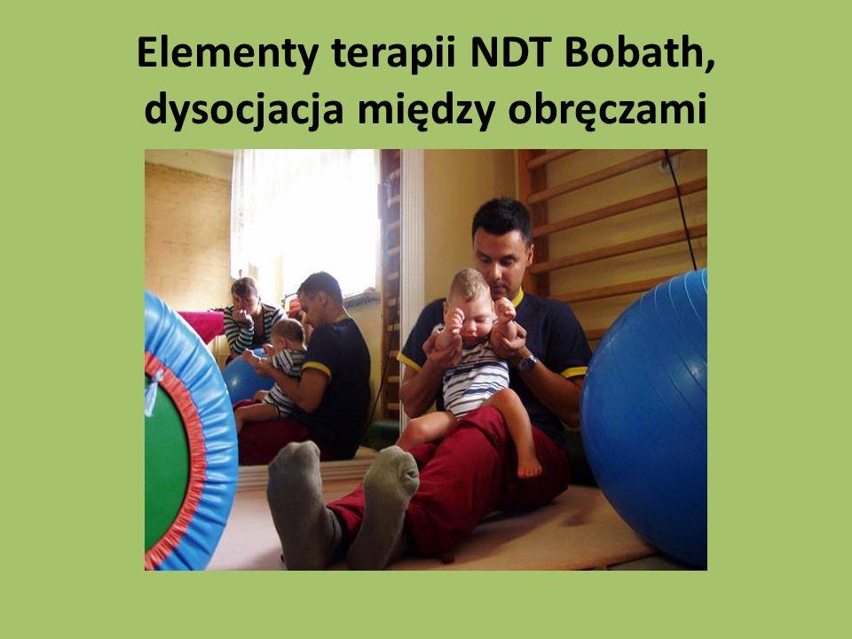 Elementy terapii NDT Bobath, dysocjacja między obręczami