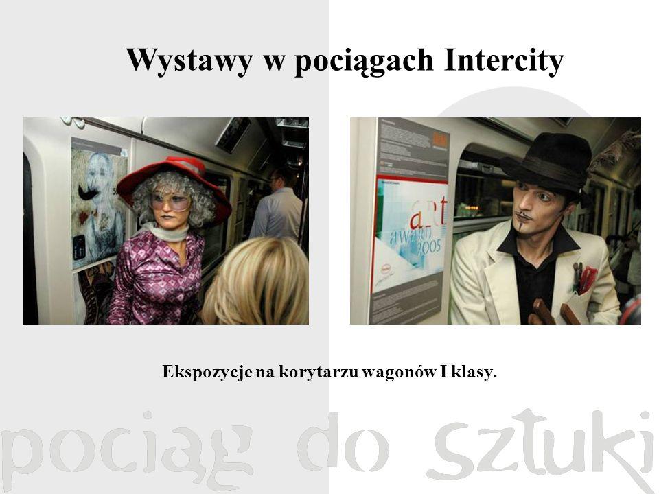 Wystawy w pociągach Intercity Ekspozycje na korytarzu wagonów I klasy.