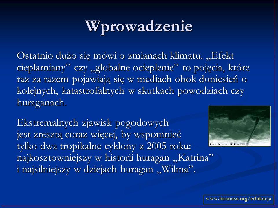 Krążenie wody w przyrodzie Głównym źródłem wody w atmosferze jest woda z oceanów i mórz.
