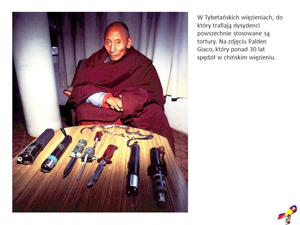 W Tybetańskich więzieniach, do który trafiają dysydenci powszechnie stosowane są tortury. Na zdjęciu Palden Giaco, który ponad 30 lat spędził w chińsk