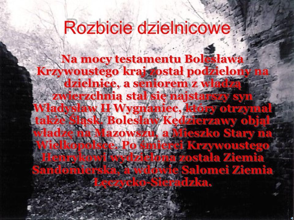 Gdyby nie rządy nieudolnego Bezpryma Polska była by świetnie prosperującym krajem rosnącym w siłę. Dopuszczając się zdrady przeciwko bratu, ale i takż