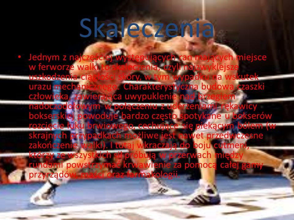 Siniaki i krwotoki Wracając do typowych szkód powstałych na wskutek uprawiania sportów walki bardzo często spotykane są siniaki, które są niczym innym jak krwotokiem tkanek miękkich lub skóry – fachowo medycyna określa je jako podbiegnięcia krwawe.