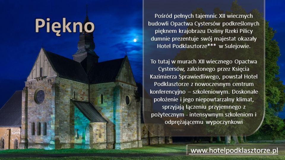 www.hotelpodklasztorze.pl Pośród pełnych tajemnic XII wiecznych budowli Opactwa Cystersów podkreślonych pięknem krajobrazu Doliny Rzeki Pilicy dumnie prezentuje swój majestat okazały Hotel Podklasztorze*** w Sulejowie.