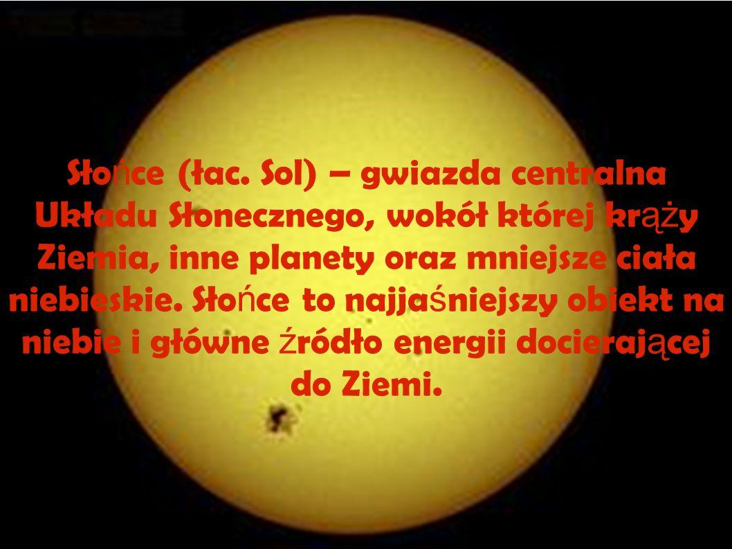 Sło ń ce jest oddalone od Ziemi o około 150 mln km, le ż y w jednym z ramion spiralnych Galaktyki, 26 tysi ę cy lat ś wietlnych od jej ś rodka i około 26 lat ś wietlnych od płaszczyzny równika Galaktyki.