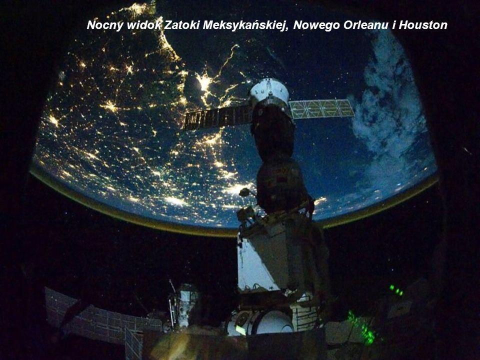 Ziemia z Międzynarodowej Stacji Kosmicznej Z kabiny ISS z 7 oknami o średnicy 2 m astronauci mają panoramiczny widok na naszą planetę