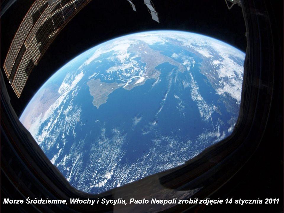 Filipiny, Manila w nocy, włoski astronauta Paolo Nespoli wykonał to zdjęcie w dniu 1 stycznia 2011 z Międzynorodowej Stacji Kosmicznej