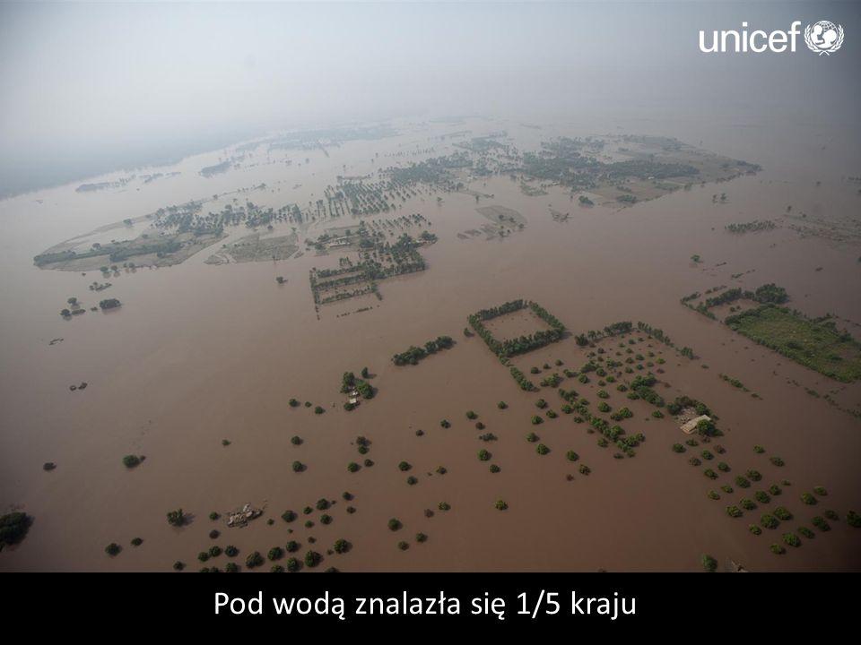Pod wodą znalazła się 1/5 kraju