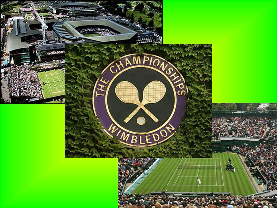 The Championships od samego początku rozgrywany jest na trawiastych kortach w londyńskiej dzielnicy Wimbledon. Do 1921 mecze odbywały się przy Worple