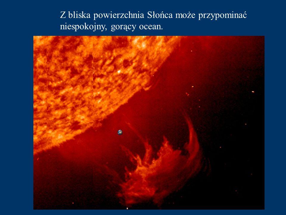 Po niecałych 10 minutach podróży mijamy Słońce - centrum naszego Układu Planetarnego i najważniejsze źródło energii.