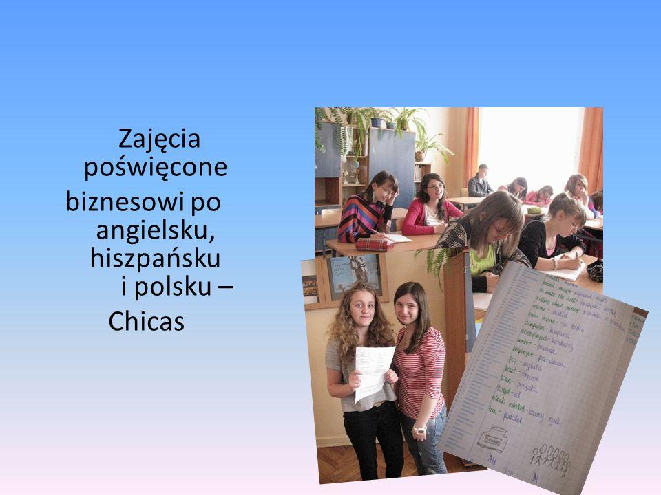 Zajęcia poświęcone biznesowi po angielsku, hiszpańsku i polsku – Chicas