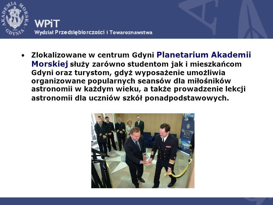 Zlokalizowane w centrum Gdyni Planetarium Akademii Morskiej służy zarówno studentom jak i mieszkańcom Gdyni oraz turystom, gdyż wyposażenie umożliwia