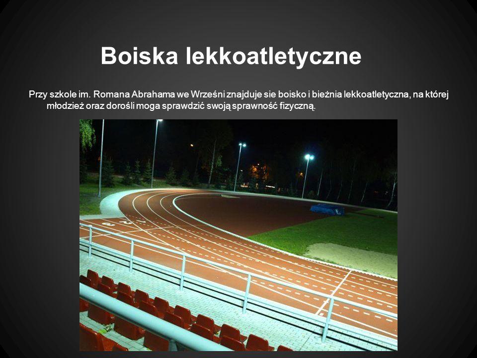 Boiska lekkoatletyczne Przy szkole im.