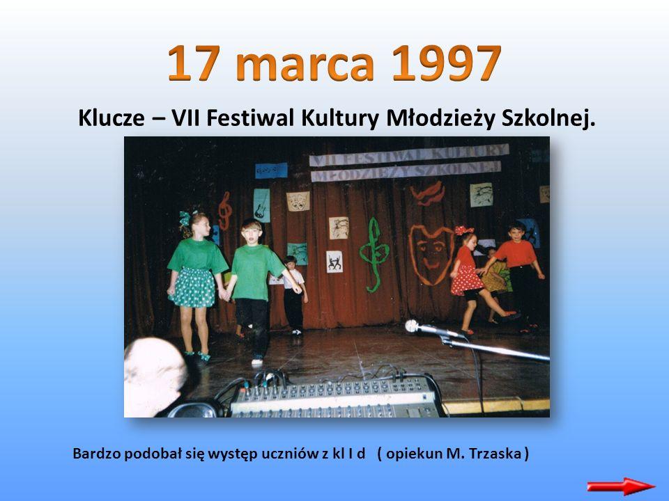 Klucze – VII Festiwal Kultury Młodzieży Szkolnej. Trio wokalne z V a zdobyło wyróżnienie.