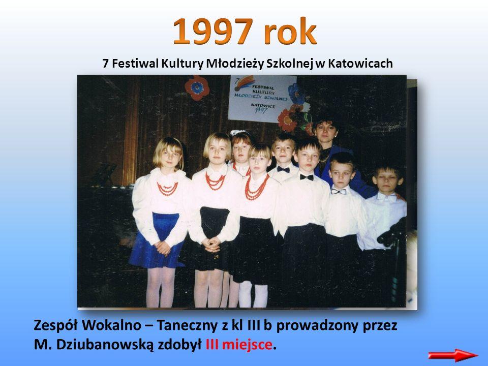 Klucze – VII Festiwal Kultury Młodzieży Szkolnej. Uczniowie kl VIII c ( opiekun H. Koryczan )