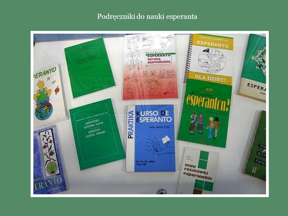 Książki Kongresowe wydawane z okazji Światowych Kongresów Esperanta. W książce znajduje się między innymi lista wszystkich uczestników Kongresu i prog