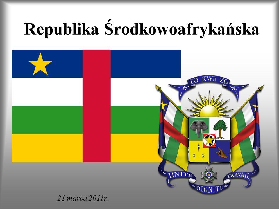 Położenie geograficzne Państwo to leży w środkowej Afryce, w dorzeczach rzek Konga i Szari.