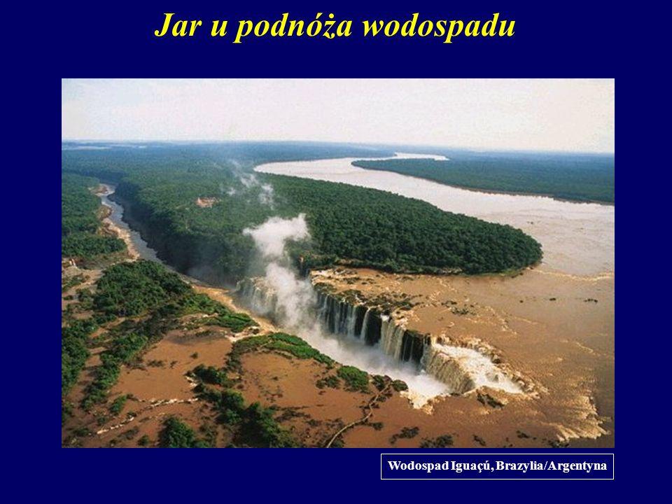Jar u podnóża wodospadu Wodospad Iguaçú, Brazylia/Argentyna
